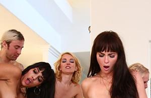 Проститутки для групповухи